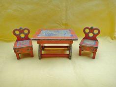 alter Bauerntisch mit 2 Stühlen für Puppenstube, selten !!!!!   eBay