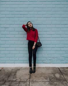 58 ideas fashion model poses photo shoots simple for 2019 Best Photo Poses, Girl Photo Poses, Girl Photos, Portrait Photography Poses, Photography Poses Women, Fashion Model Poses, Fashion Models, Look Fashion, Fashion Outfits
