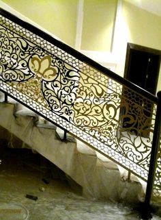 Stairs on Amazing Stairs Ideas 518 Iron Staircase Railing, Modern Stair Railing, Stair Railing Design, Metal Stairs, Modern Stairs, Main Gate Design, Door Gate Design, Riyadh, Decorative Metal Screen