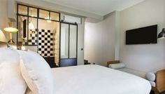 5 rooms in the heart of the Marais... chic, design and intimate