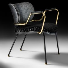 High End Italian Designer Retro Style Lounge Chair - Juliettes Interiors Deco Furniture, Furniture Styles, Modern Furniture, Italian Furniture Design, Furniture Online, Metal Furniture, Industrial Furniture, Dining Furniture, Living Room Sets