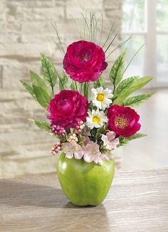 Glass Vase, Table Decorations, Furniture, Home Decor, Flowers, Decoration Home, Room Decor, Home Furnishings, Home Interior Design
