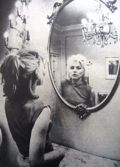 Debbie Harry - Blondie.