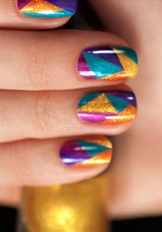 Click for to learn how to re-create the Hunger Games: Catching Fire District 4 Nail look #GorgeousNailIdeas