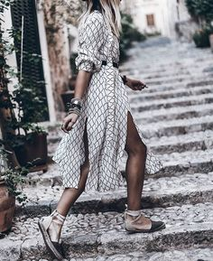 Dress 💥 Perfect dress for exploring! Casual Dresses, Summer Dresses, Boho Fashion, Womens Fashion, Fashion Clothes, Inspiration Mode, Vogue, Trends, Looks Style