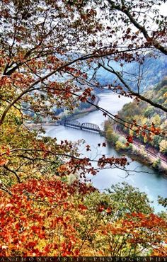 View from Hawks Nest State Park. Huntington West Virginia, Places To Travel, Places To See, Fayette County, Virginia Homes, Mountain States, Nature Photos, Pretty Pictures, State Parks