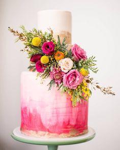 amazing painted cake