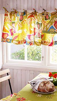 I love Gudrun Sjoden's textile designs