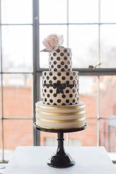 modern chic wedding cake; click to see more; via Sugar Bee Sweets