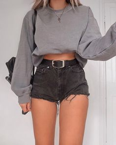 33 beautiful summer outfits for the summer - Kleidung für Frauen - Shorts Summer Outfit For Teen Girls, Summer Outfits Women, Teen Summer, Summer Tops, Summer Shorts, Happy Summer, Summer Outfits For Teen Girls Hipster, Spring Summer, Trendy Girl