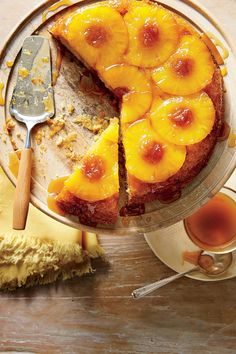 15 Buzzworthy Honey Recipes Honey-Pineapple Upside-Down Cake - 15 Buzzworthy Honey Recipes - Southernliving. Recipe: Honey-Pineapple Upside-Down Cake Honey gives this classic Southern cake a lift. Fresh pineapple slices work well here too. Cake Recipes From Scratch, Best Cake Recipes, Dessert Recipes, Best Pineapple Upside Down Cake Recipe From Scratch, Pie Recipes, Favorite Recipes, Easy Recipes, Food Cakes, Cupcake Cakes
