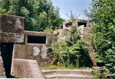 Bunker, Heuvelweg 4, Zoetermeer Concrete Structure, Fortification, Urban Exploration, Bunker, Urban Decay, Ww2, Netherlands, Mount Rushmore, Abandoned