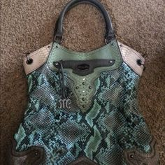 Miss me purse Like new used couple of times Miss Me Bags Shoulder Bags