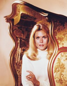 Elizabeth Montgomery - actress -  Born 04/15/1933 Hollywood, California  Died 05/18/1995  at age 62.