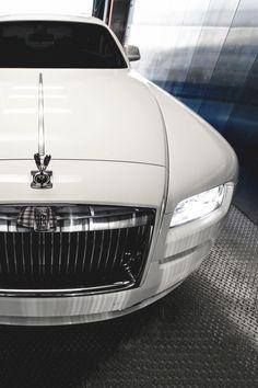 wearevanity:  | Rolls Royce | ©