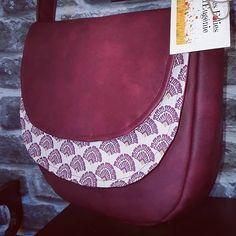 Eugénie sur Instagram: Joli sac Musette réalisé pour Anne 🤩 Qu'est ce qu'il est sympa le père Noël 😉 Retrouvez toutes mes créations sur :…