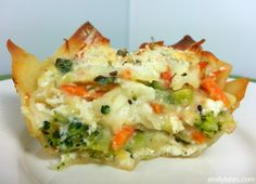 "Emily Bites - Weight Watchers Friendly Recipes: White Vegetable Lasagna ""Cupcakes"""
