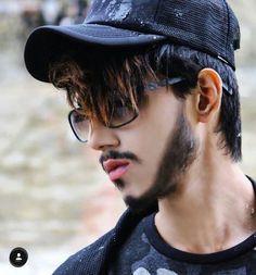 Beard Styles For Boys, Boy Fashion, Mens Fashion, Social Media Stars, Boys Dpz, Bollywood Actors, Senior Photography, Handsome Boys, Sunnies