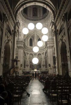 Robert Stadler installation in a Parisian church
