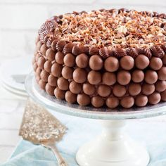 Chocolate Dream Cake @keyingredient #cake #chocolate #bread