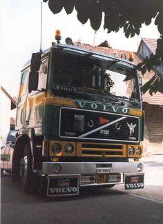 Volvo F12 BL6960 01.jpg