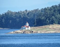 Review This!: Review of Challenges in Identifying Lighthouses fr...