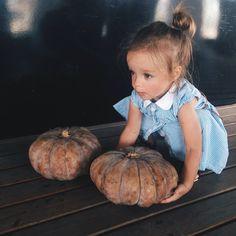 Heavy ~ the little Anastasya ... ( 60 KB )