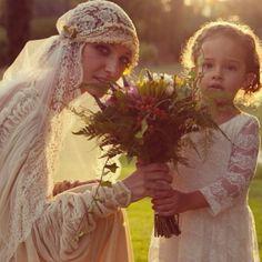 Bohemian wedding wear-love the lacy juliet veil! Best Wedding Dresses, Wedding Veils, Wedding Wear, Boho Wedding, Wedding Styles, Dream Wedding, Bling Wedding, Forest Wedding, Woodland Wedding