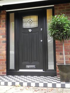 A stunning Black Newark. Rockdoor manufacture the most secure Front doors, Back Doors and Bar Front Door Porch, Porch Doors, Front Door Entrance, Exterior Front Doors, House Front Door, House Doors, House With Porch, Facade House, Entry Doors
