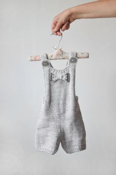 Hand knit baby romper // Light grey romper newborn by OnwardOnward
