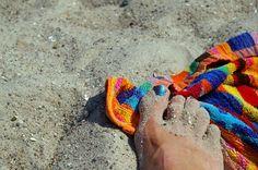¿Te gusta la playa? En Pensión #Grosen tenemos toallas de playa a disposición de nuestros clientes cortesía de la casa. http://www.pensiongrosen.com/