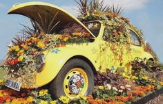 being the VW girl that I am...wow I luv this...peace