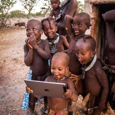 Funny pictures about Tribal Children See A Ipad For The First Time. Oh, and cool pics about Tribal Children See A Ipad For The First Time. Also, Tribal Children See A Ipad For The First Time photos. Precious Children, Beautiful Children, How Beautiful, Happy Children, Children In Africa, Beautiful Babies, Little People, Little Ones, People Of The World