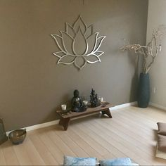 Beautiful lotus wall decor for a meditation roomYou can find Metal wall art and more on our website.Beautiful lotus wall decor for a meditation room Modern Metal Wall Art, Outdoor Metal Wall Art, Large Metal Wall Art, Metal Art, Painting Metal, Meditation Raumdekor, Meditation Room Decor, Zen Room Decor, Sala Zen