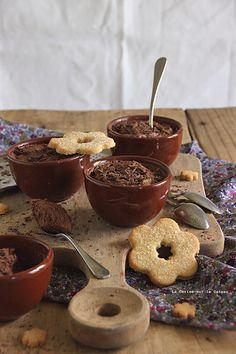 . Mousses au chocolat & sablés à la vanille