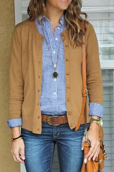 Blue gingham shirt and tan cardigan. Need tan cardigan Looks Street Style, Looks Style, Style Me, Classic Style, Mode Outfits, Casual Outfits, Fashion Outfits, Womens Fashion, Preppy Dresses