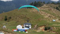 Paragliding in Bir Billing Camp >>> Most of the operators provide the #paragliding services in Bir Billing round the year after taking into consideration the conditions of weather, however the months from September to November are considered as the best months for enjoying the fun of aero sports in #BirBilling.