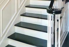 Schiefer Treppen stehen für Exklusivität und Stil. Als pflegeleicht und äußerst widerstandsfähig eignen sich diese für nahezu jeden Wohnbereich.