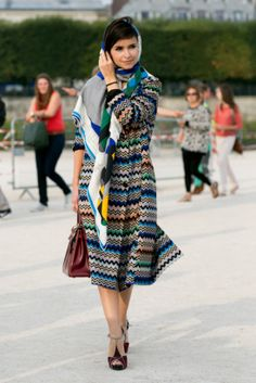 Miroslava Duma brought the color in a zigzag coat. #PFW #streetstyle