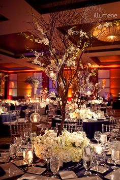 Truly Unforgettable Wedding Reception Ideas. To see more: http://www.modwedding.com/2014/01/11/39-truly-unforgettable-wedding-reception-ideas/ #wedding #weddings Visit http://www.brides-book.com for more great wedding resources