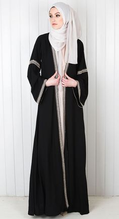 So beautifully modest gaun muslim fashion, Abaya fashion hijab and abaya - Hijab Islamic Fashion, Muslim Fashion, Modest Fashion, Fashion Outfits, Style Fashion, Fashion Design, Hijab Outfit, Hijab Dress, Abaya Designs