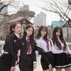 y/n is a normal girl living in Seoul,Korea but unexpectedly starts ha… # Fanfic # amreading # books # wattpad Ulzzang Girl Fashion, Korean Girl Fashion, Ulzzang Korean Girl, Cute Korean Girl, Cute Asian Girls, Beautiful Asian Girls, Cute Girls, Asian Boys, Uzzlang Girl