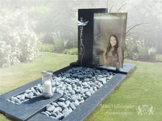 Cemetery Monuments, Cemetery Art, Graveside Decorations, Tombstone Designs, Basket Flower Arrangements, Cemetery Decorations, Album, Amazing, Diy Headboards