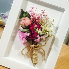 "24 Likes, 1 Comments - floralmong (@jeeyeyoon) on Instagram: ""노량진 꽃몽우리 ""드라이플라워액자"" 출장강의 진행합니다:-) 8명 이상 신청해 주셔야 가능하십니다! 난 혼자인데!! 나도 하고싶은데!! 하시는분~ 꽃몽우리로 놀러오세요!…"""