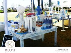 Mesa de dulces | candy bar | primera comunión | fiesta | jardín | azul & blanco | www.beKUUKI.com