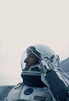 Black&Blue; - Matthew McConaughey - Interstellar (2014)