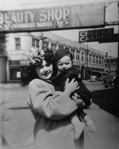 Chicago, 1946 | Moms: 100 Years in Photos