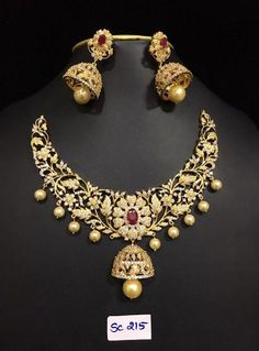 Grand AD Stones Necklace 3000 to 4500 Outfits, Outfit Ideas, Outfit Accessories, Cute Accessories India Jewelry, Temple Jewellery, Gold Jewelry, Ruby Jewelry, Vintage Jewelry, Stone Necklace, Gold Necklace, Diamond Necklaces, Necklace Box