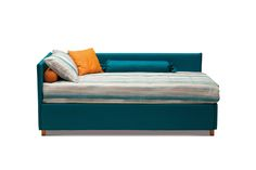 Antigua is a versatile #bed: the panels can be selected according to your taste, changing its look as you wish. The bed can have a #headboard, footboard, both or neither, or alternately a daybed or a simple bed base. The cover, available in various colors, the additional covers, decorated with piping of your choice, offer a further customization of the bed.