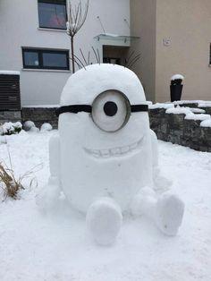 Minion snowman